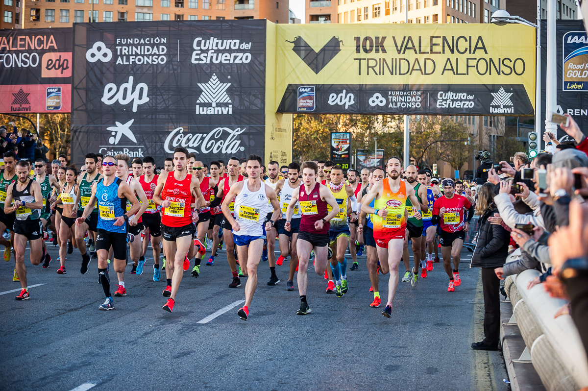 Start of the 10-km Valencia Trinidad Alfonso Race