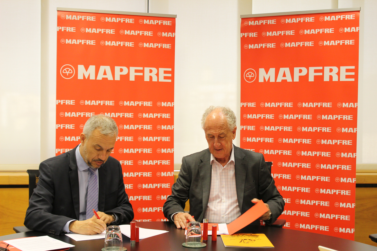 Firma acuerdo MAPFRE