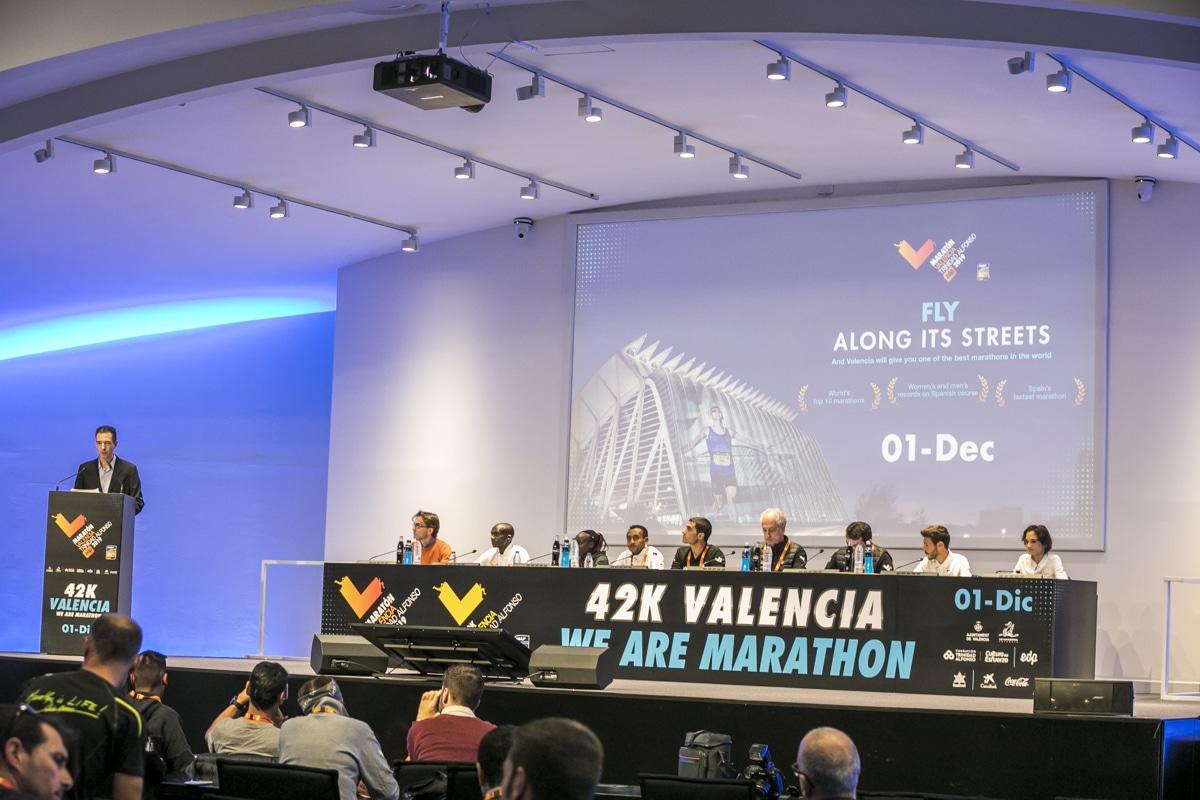 Presentación Élite Maratón Valencia Trinidad Alfonso EDP